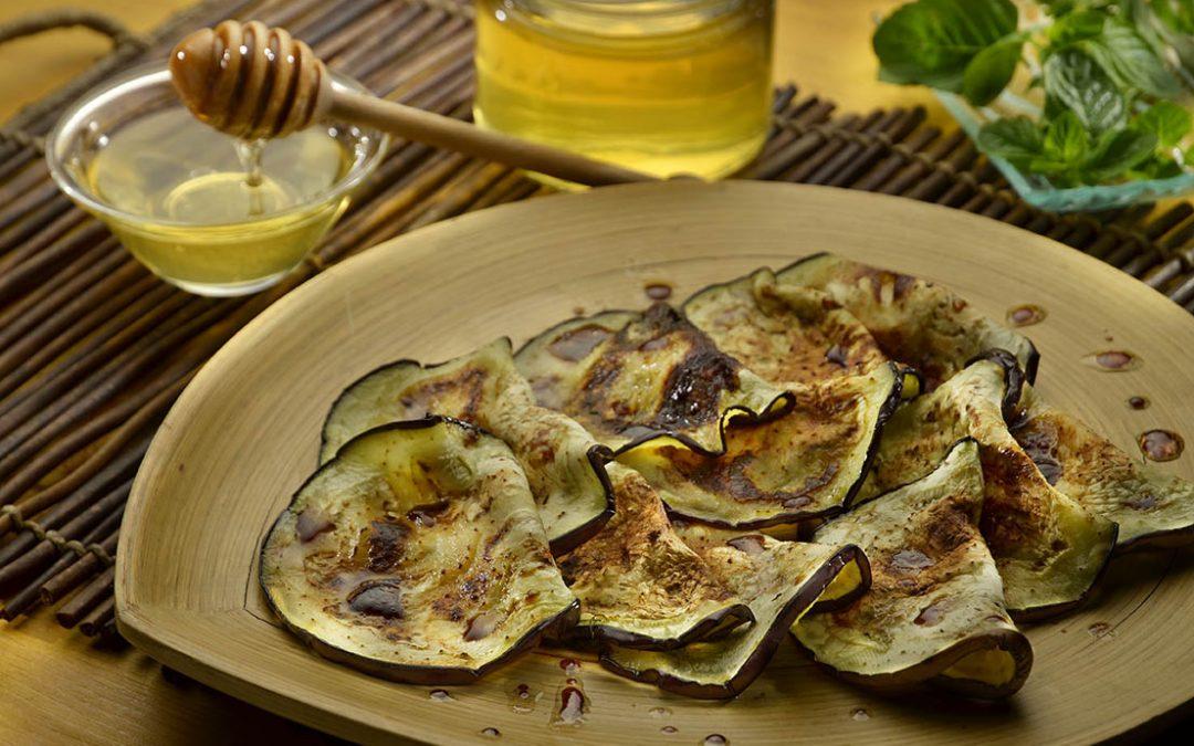 Carpaccio di melanzane grigliate al miele di acacia