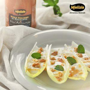 Ricetta - Barchette di indivia belga al gorgonzola, noci e miele