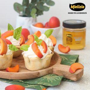 Ricetta facile - Cestini di pasta matta dolci con crema al miele e frutta