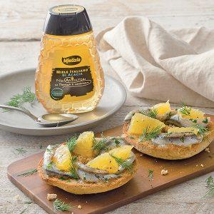 mielizia ricette - Friselle con alici arancia e miele di acacia